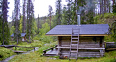 Tahvontupa: a wilderness hut with a sauna (left) - by Jac