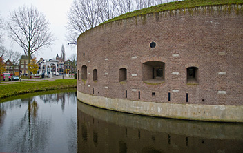 Weesp, start of the Waterliniepad