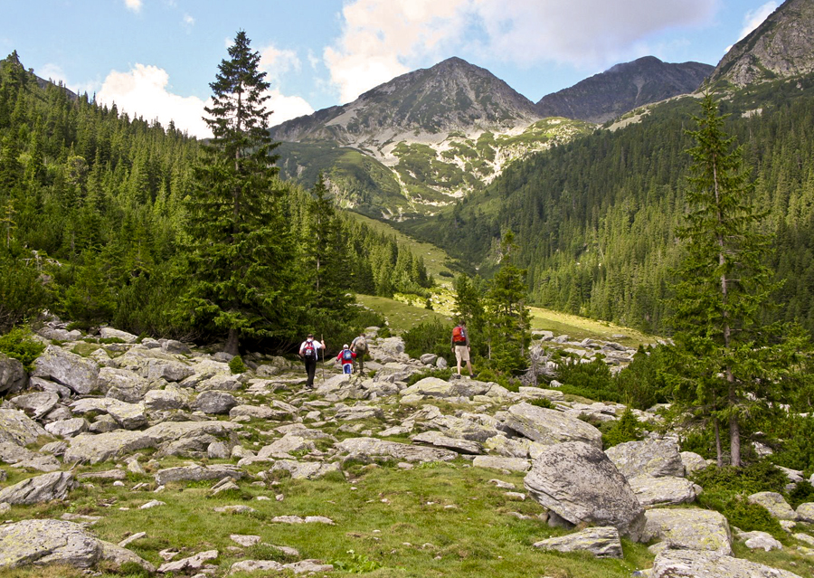 high tatra the finest valley and mountain walks rother walking guides europe